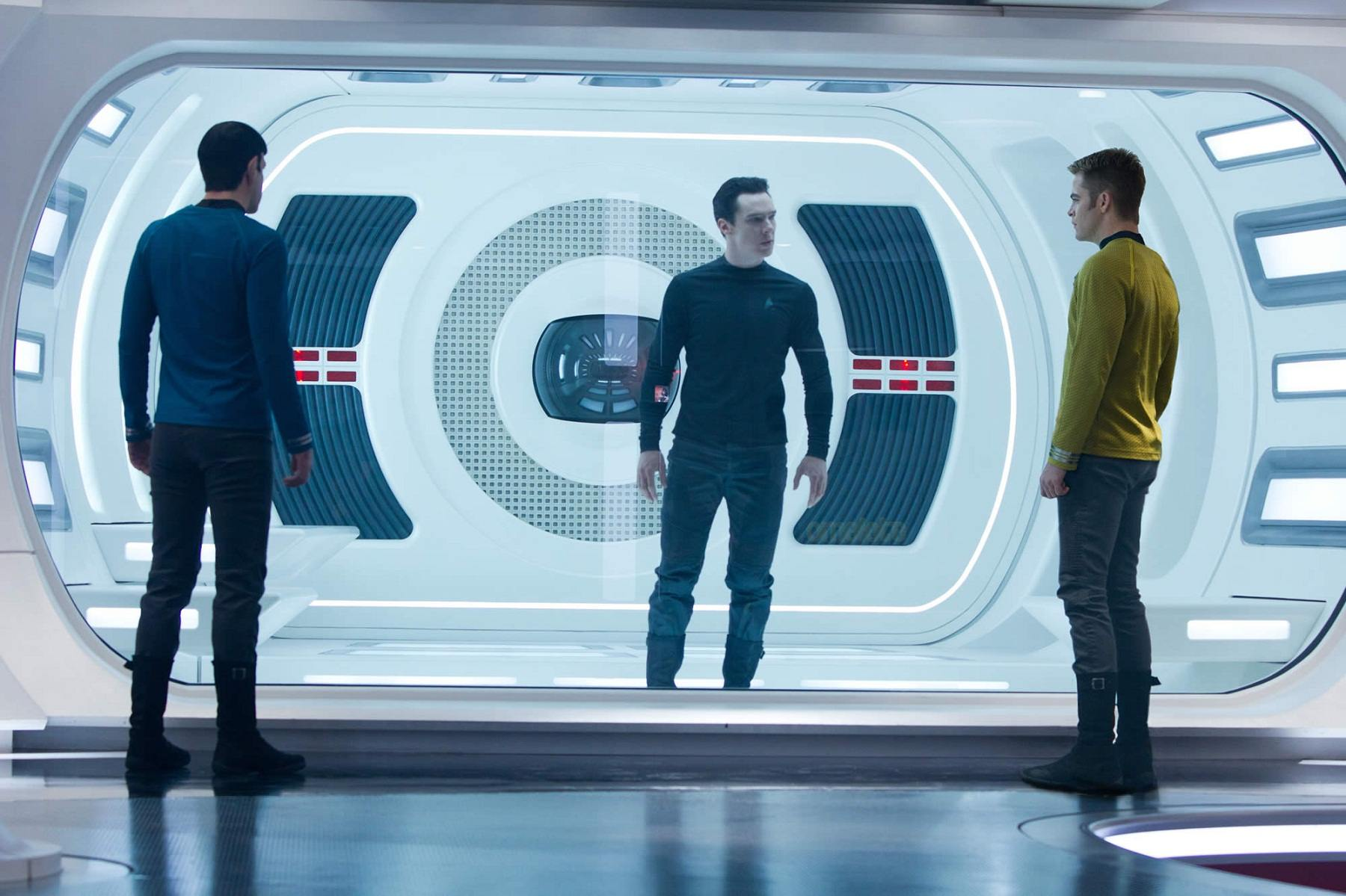 New Star Trek Into Darkness Trailer – I Peed A Little