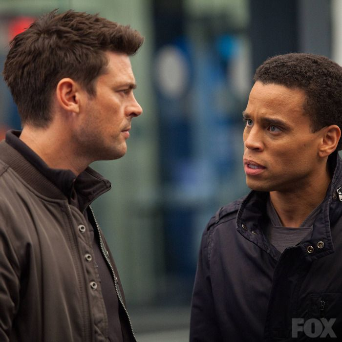 Almost Human 1×01 Review: Pilot