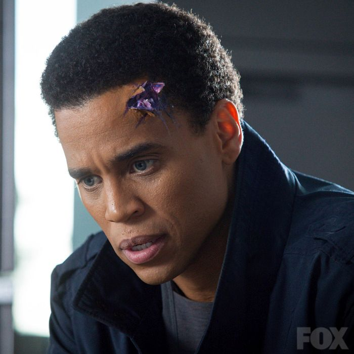 Almost Human 1×03 Review: Are You Receiving?