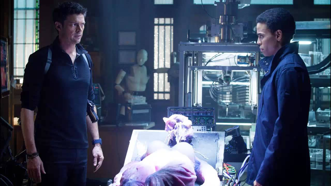 Almost Human 1×02 Review: Skin