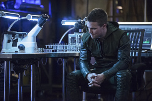 Arrow-season-3-episode-2-Oliver