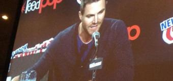 Stephen Amell Spotlight at NYCC: Superheroes on TV, Season 3 Teases — and surprise guest