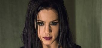Arrow 3×05 Review: The Secret Origin of Felicity Smoak
