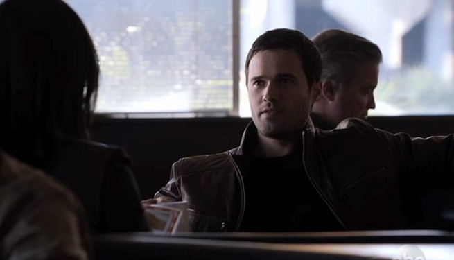 agents-of-shield-ward-and-agent-33-128474