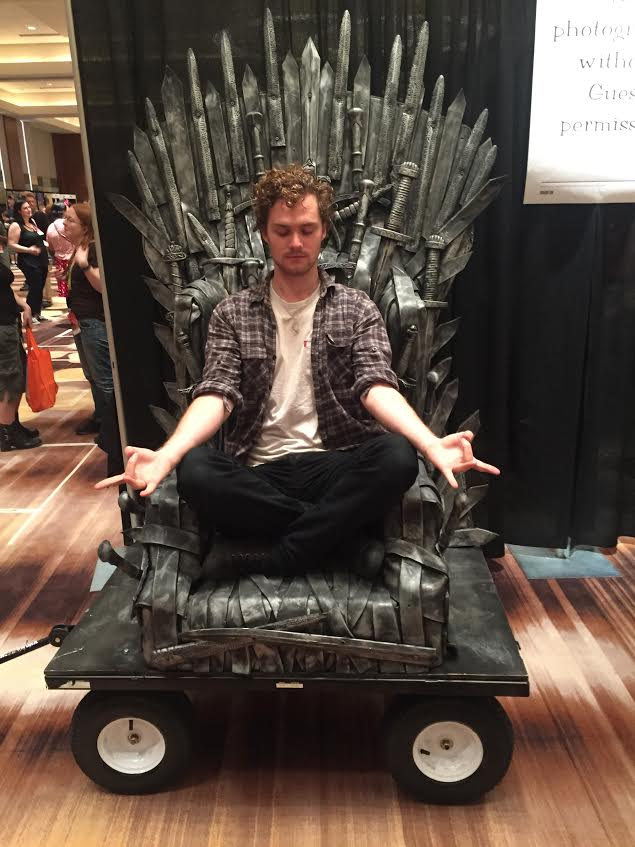 Dragon Con Iron Throne Finn Jones