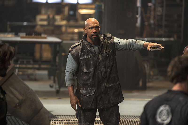 "The 100 -- ""Watch The Thrones"" -- Image HU304b_0037 -- Pictured: Michael Beach as Pike -- Credit: Cate Cameron/The CW -- © 2016 The CW Network, LLC. All Rights Reserved"