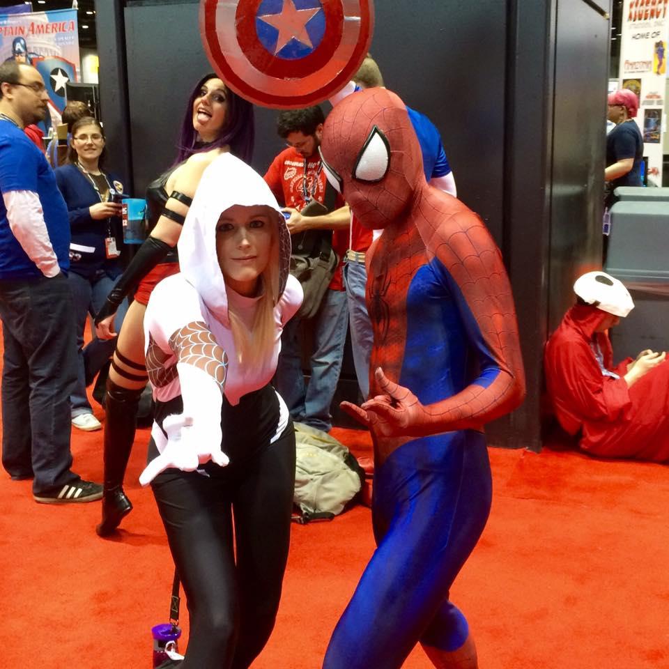 C2E2 Cosplay Spider-Man Spider-Gwen