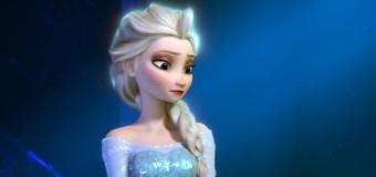"""Fans Want Disney to Give Elsa a Girlfriend in """"Frozen 2"""""""