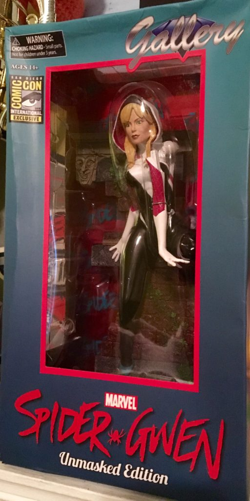 Spider-Gwen Diamond Select Toys Comic-Con 2016