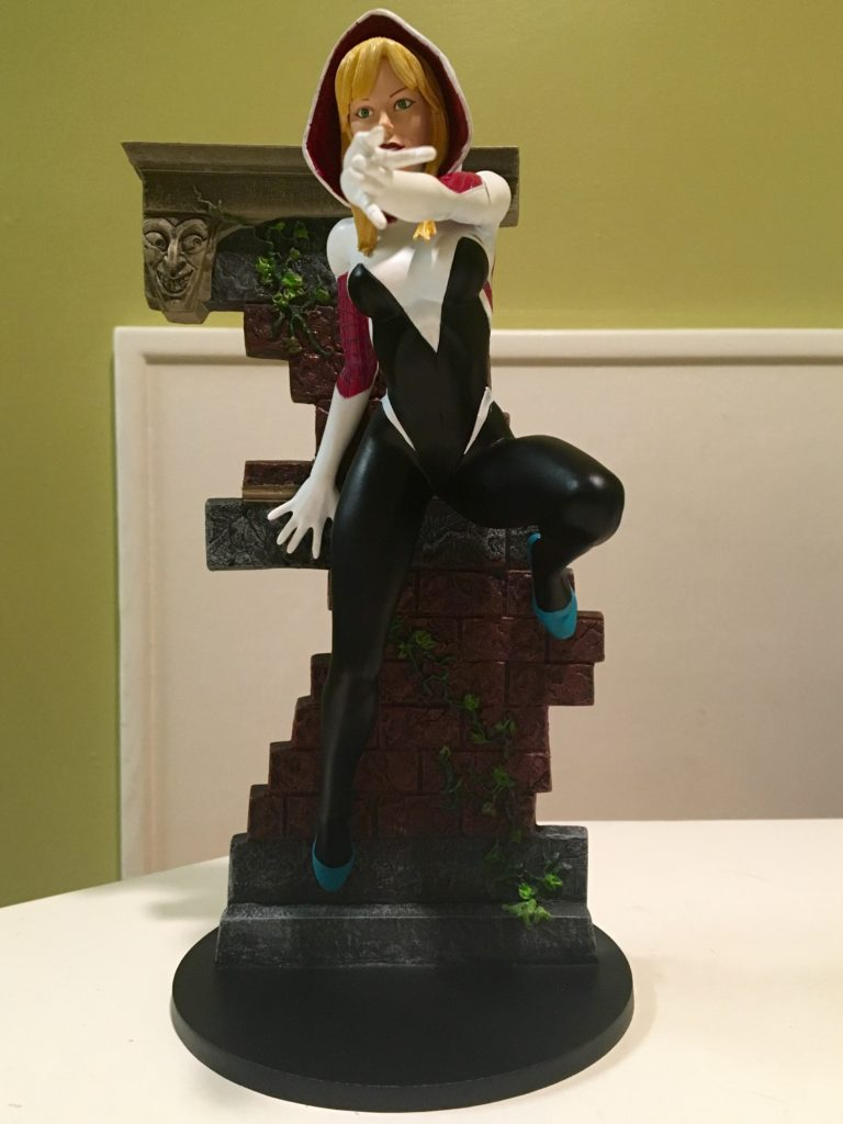Spider-Gwen Diamond Select Toys Comic-Con 2016