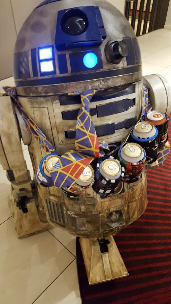 Dragon Con 2016 Cosplay R2D2 Marriott Carpet