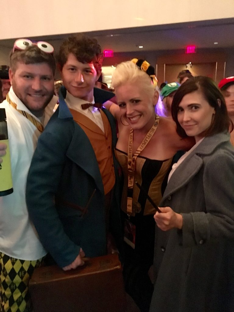 Dragon Con 2016 Cosplay Fantastic Beasts and Where to Find Them Hufflepuff
