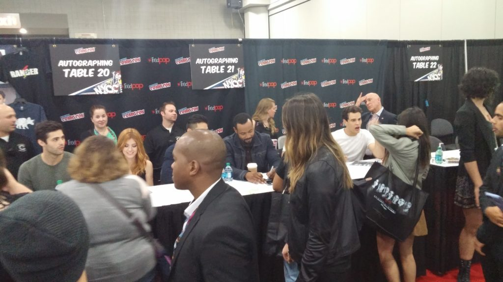 Here is my totally awesome not at all terrible photo of the cast signing.