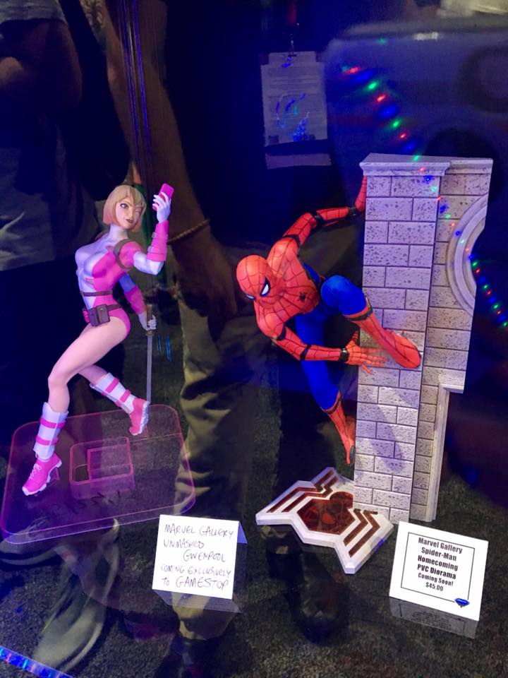 diamond select toys sdcc 2017 gwenpool