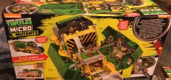 Playmates Toys' TMNT The Micro Mutants Sweeper Ops Vehicle Playset – Review
