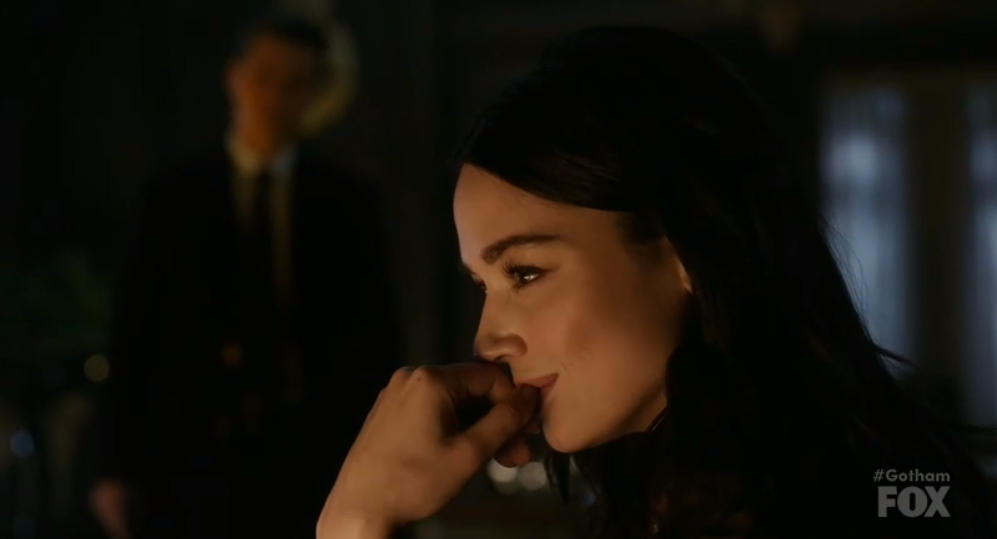Gotham Queen Takes Knight Season review Sofia Falcone Crystal Reed