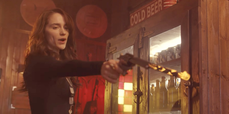 Wynonna Earp season 3 trailer Wynonna and her gun