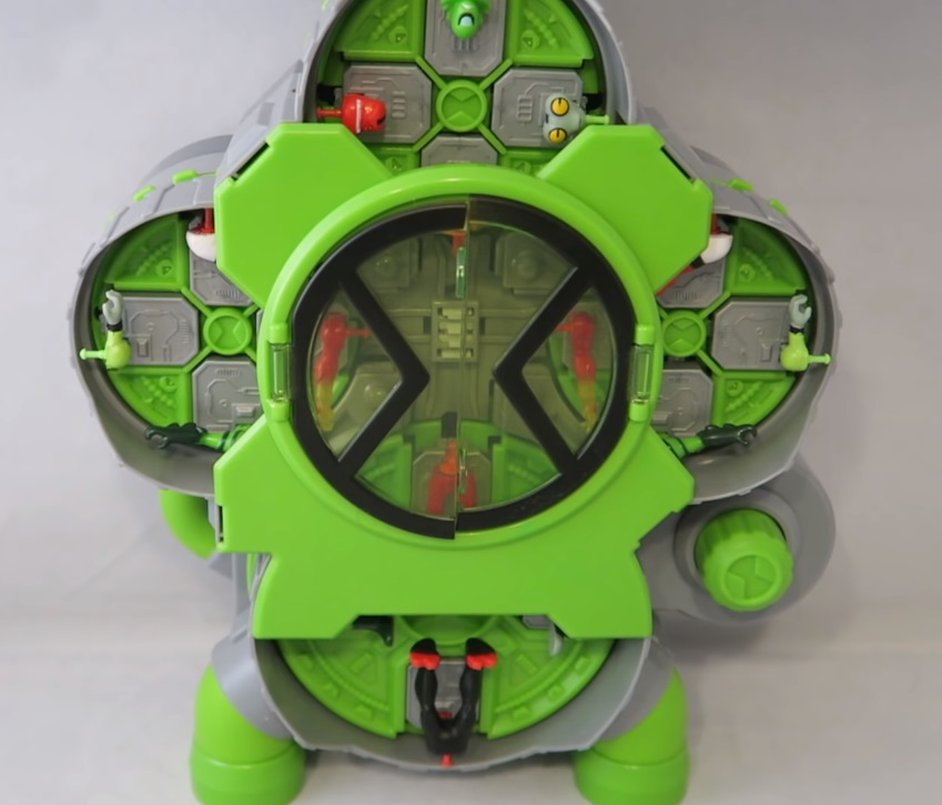 Ben 10 Alien Creation Chamber Setup review