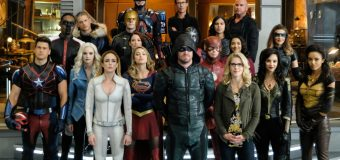 "The Future of The CW's ""Arrowverse"" Peaks Possibility!"