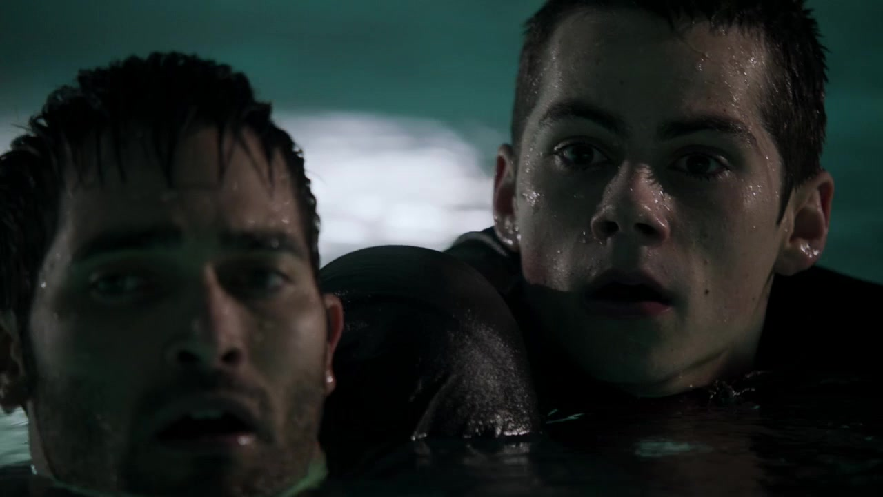 Sterek in the pool
