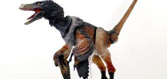 "Creative Beast Studio ""Beasts of the Mesozoic"" Raptor Action Figures Are Great Holiday Gifts!"