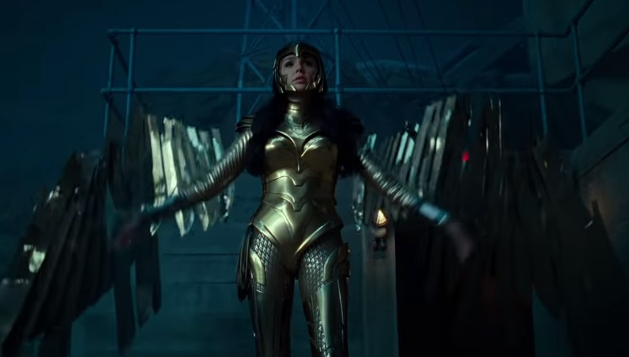 wonder woman 1984 gold armor