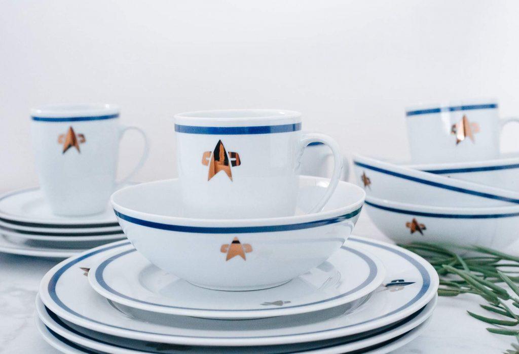 Star Trek dinnerware toynk